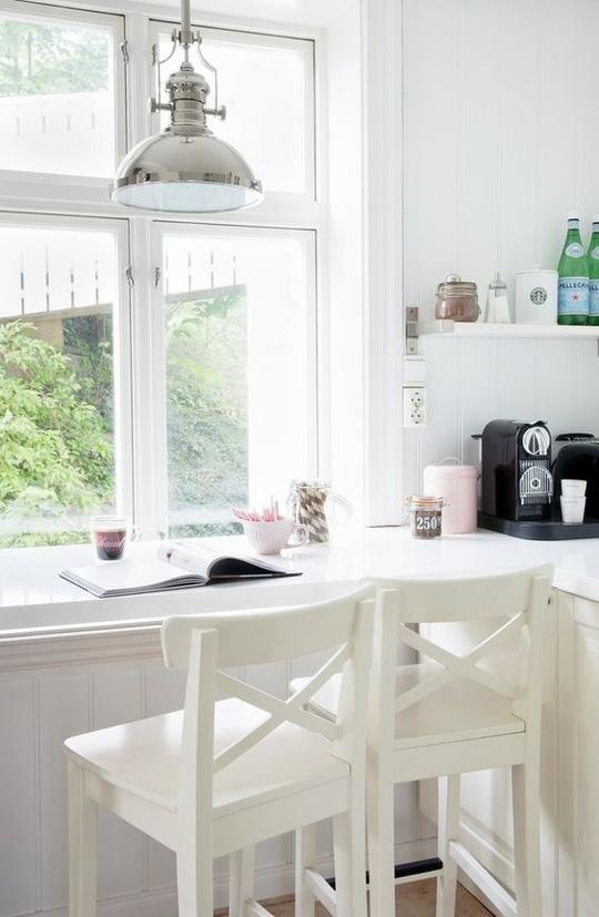 Cửa kính đẹp cường lực cho nhà thêm tươi mới sáng đẹp